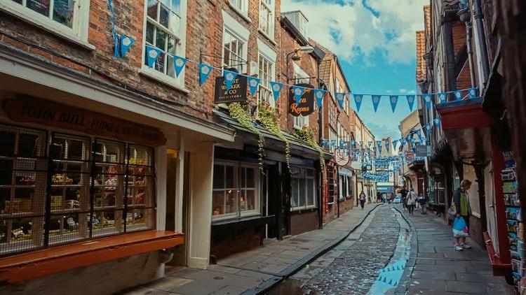 Establishing Shot Of The Shambles, York, England: Stock Video