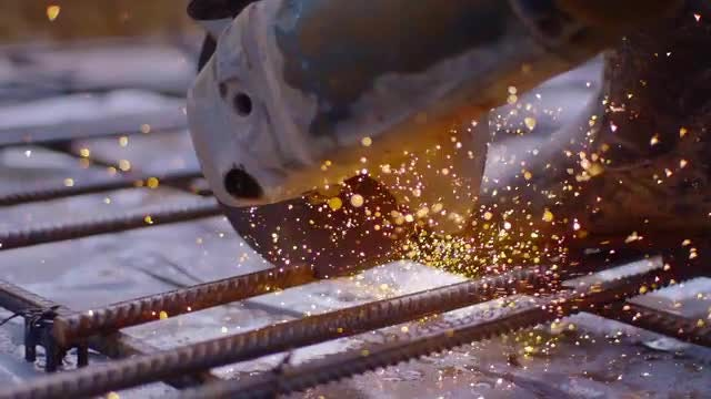 Cutting Rebar: Stock Video