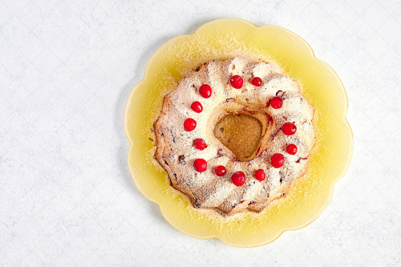 Homemade Curd Muffin With Cranberries: Stock Photos