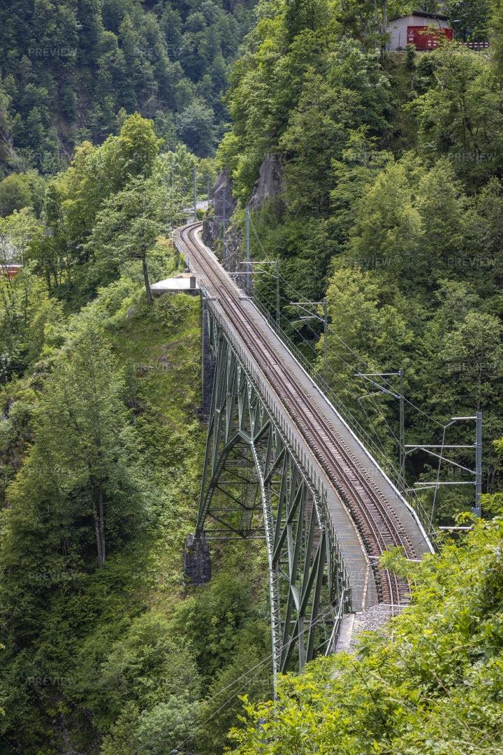 Train Bridge: Stock Photos