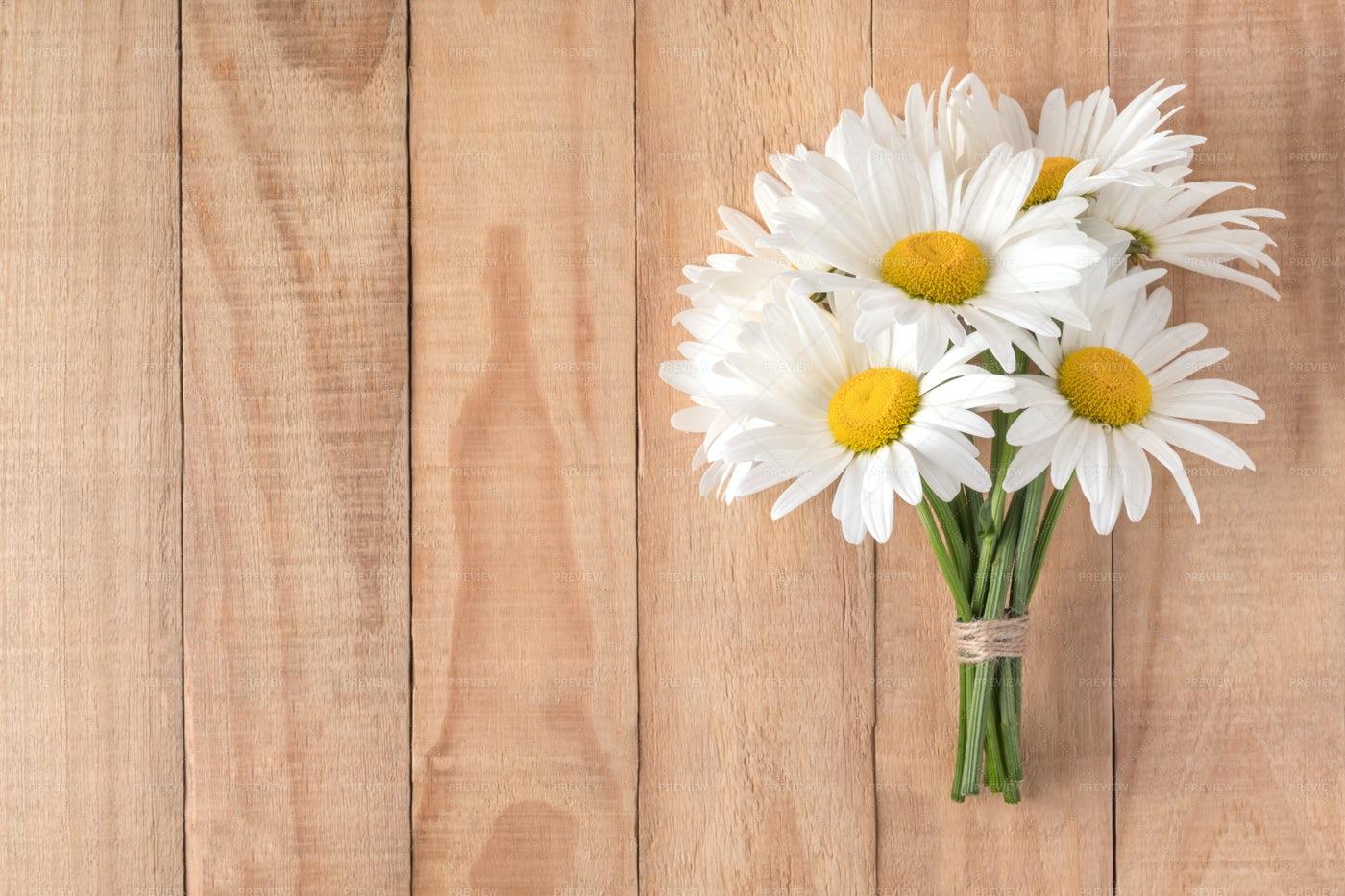 Camomile Flowers Bouquet: Stock Photos