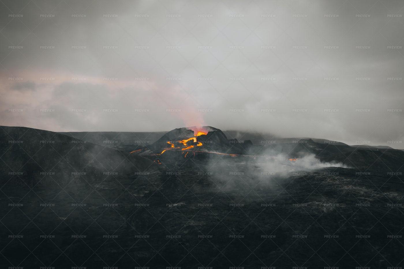 Volcano With Lava And Smoke: Stock Photos