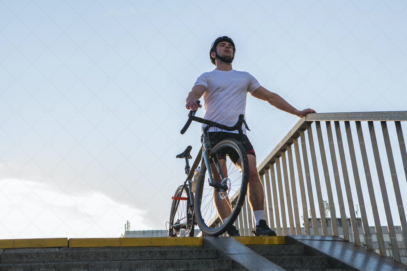 Cyclist Resting Outdoors: Stock Photos