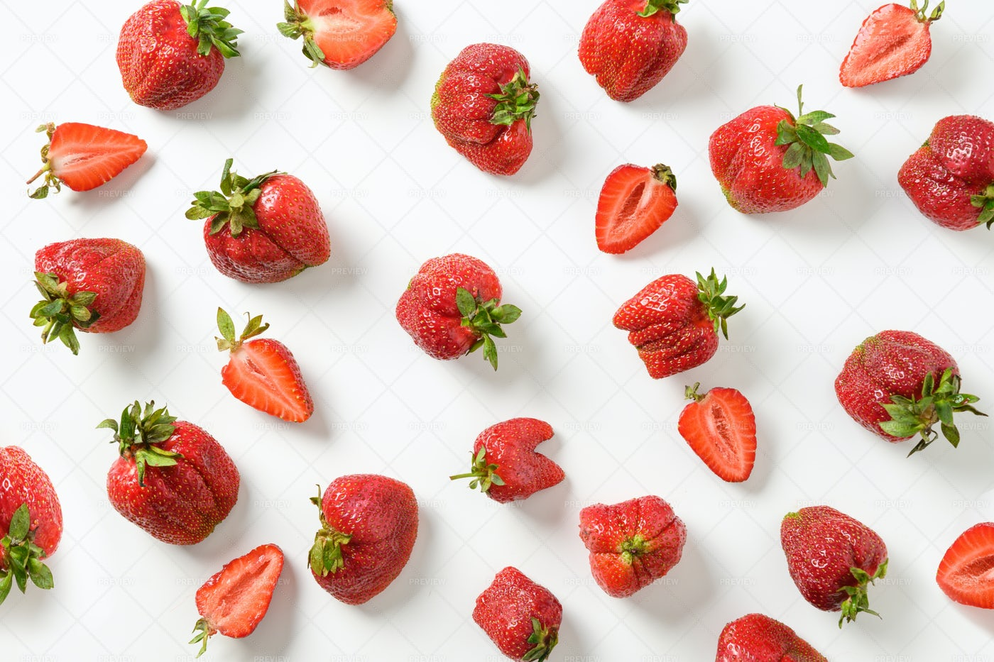 Organic Strawberries: Stock Photos