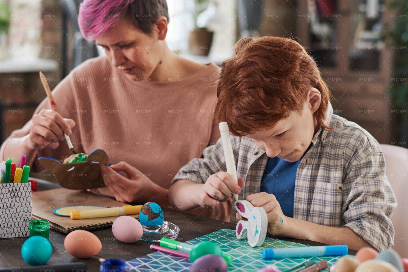 People Making Crafts: Stock Photos