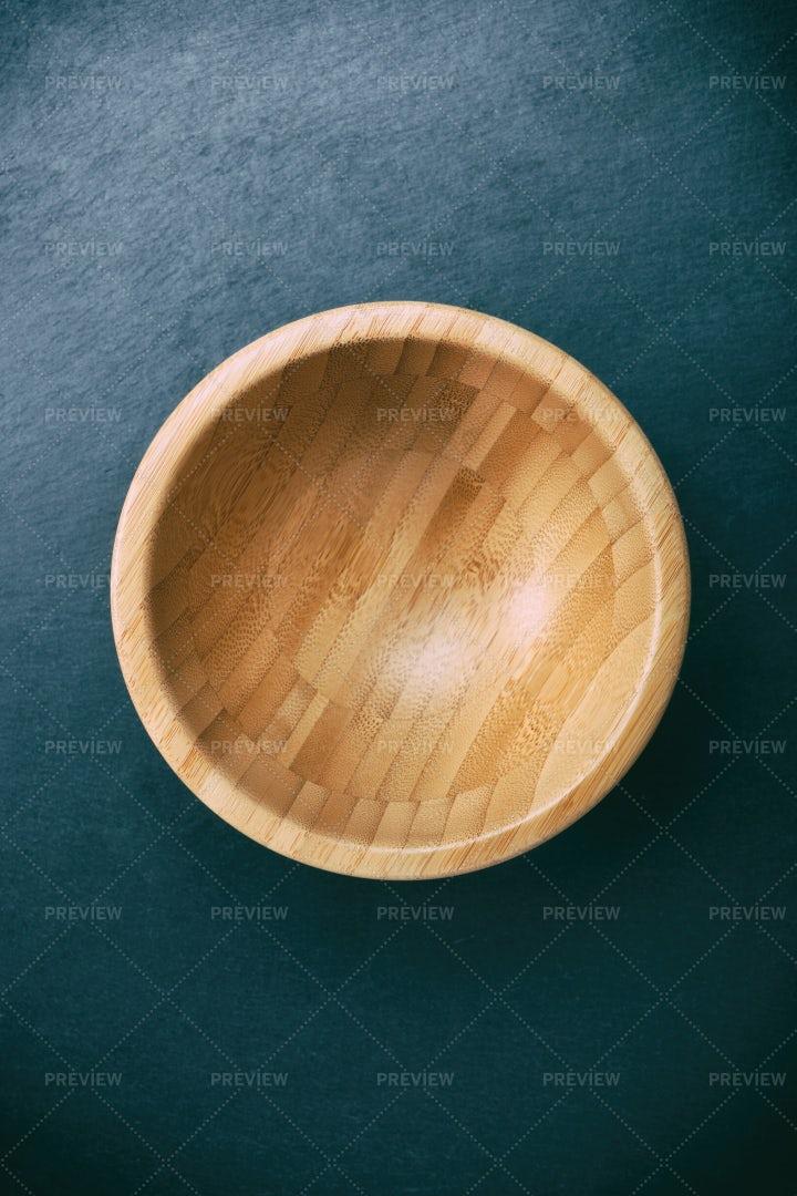 Minimalist Photo Of An Empty Bowl: Stock Photos