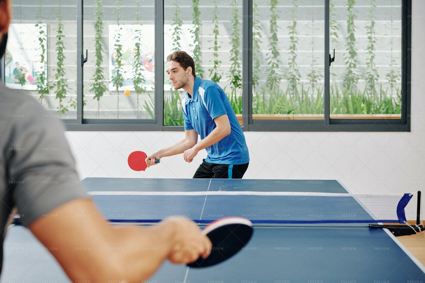 Men Playing Ping Pong: Stock Photos