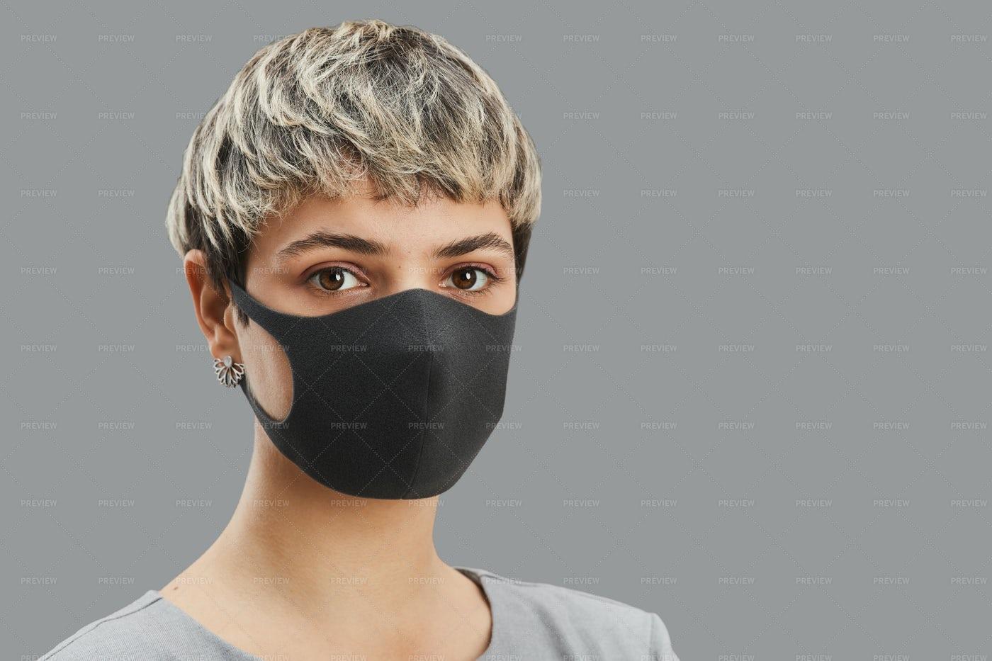 Woman Wearing Face Mask: Stock Photos