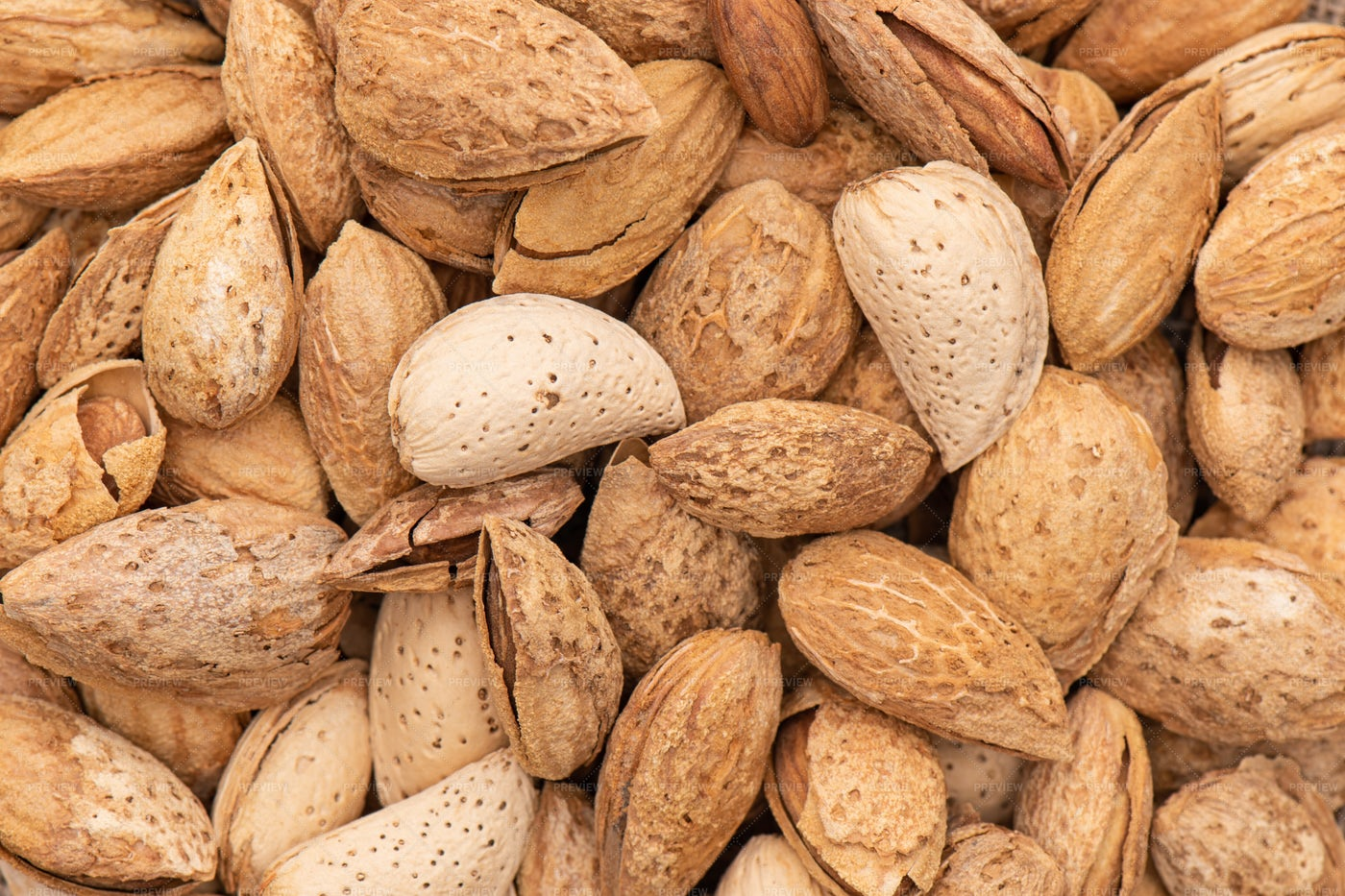 Unpeeled Almonds: Stock Photos