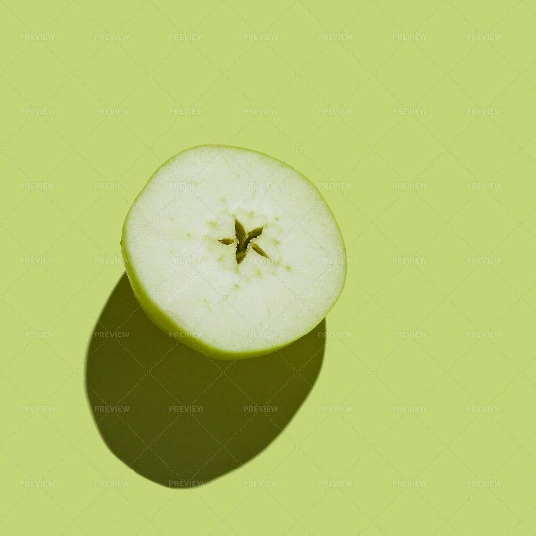 Half Green Apple: Stock Photos