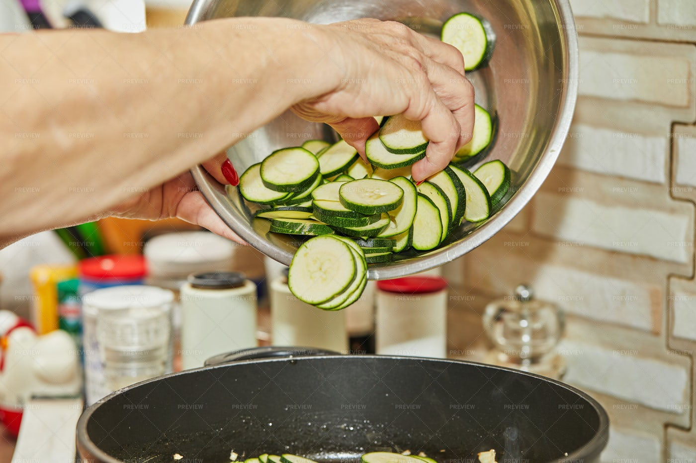 Cooking Zucchini: Stock Photos
