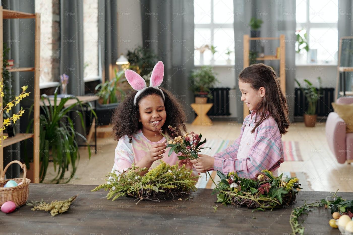 Children Making Wreaths: Stock Photos