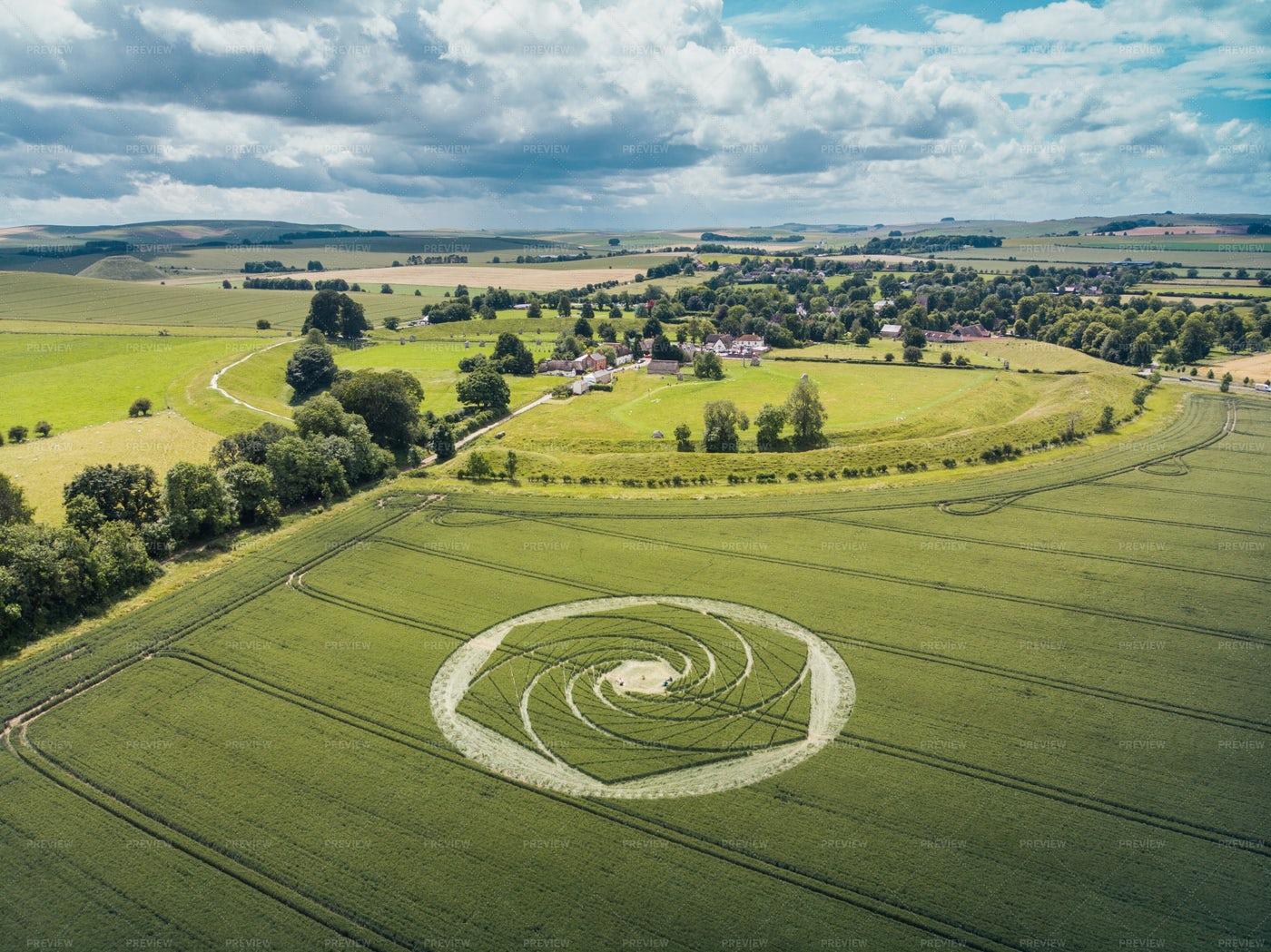 Avebury Crop Circle: Stock Photos