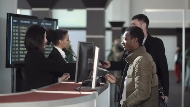 Airport Security Processing Passengers: Stock Video