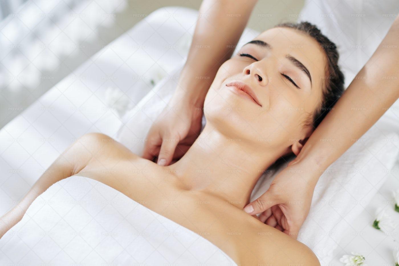 Therapeutic Shoulder Massage: Stock Photos