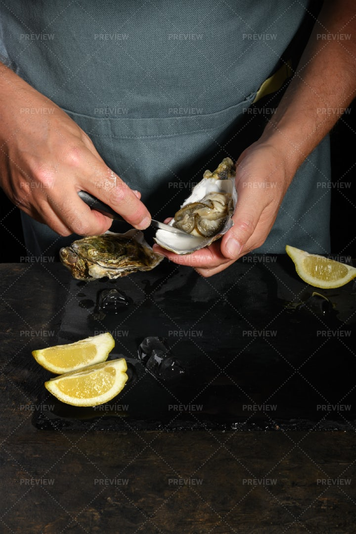 Shucking Fresh Oysters: Stock Photos