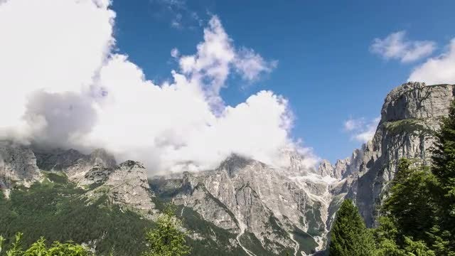 Clouds Over The Mountains: Stock Video