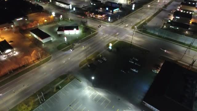 Ascending Aerial Shot Over Intersection: Stock Video