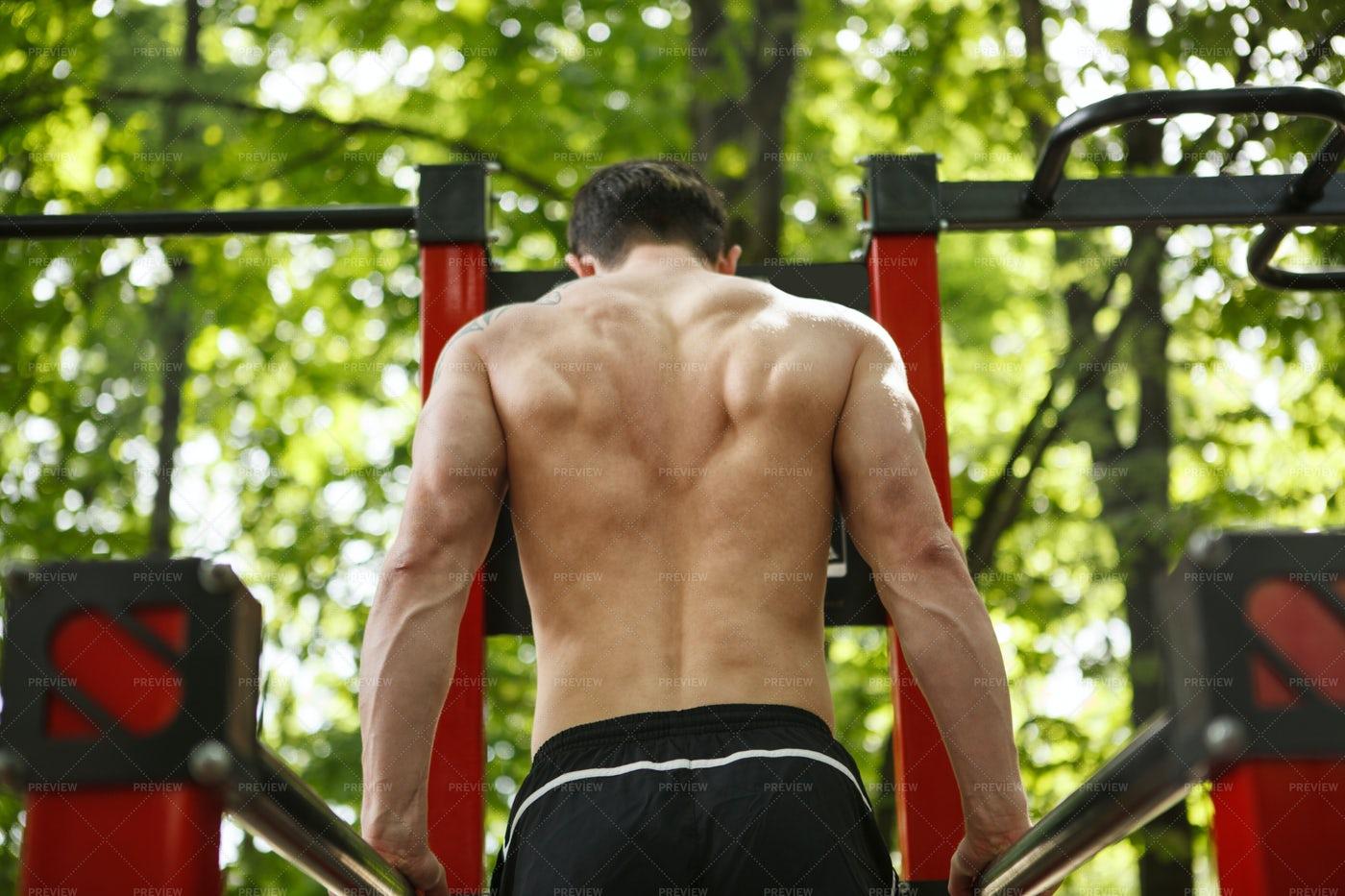 Man Doing Triceps Dips: Stock Photos