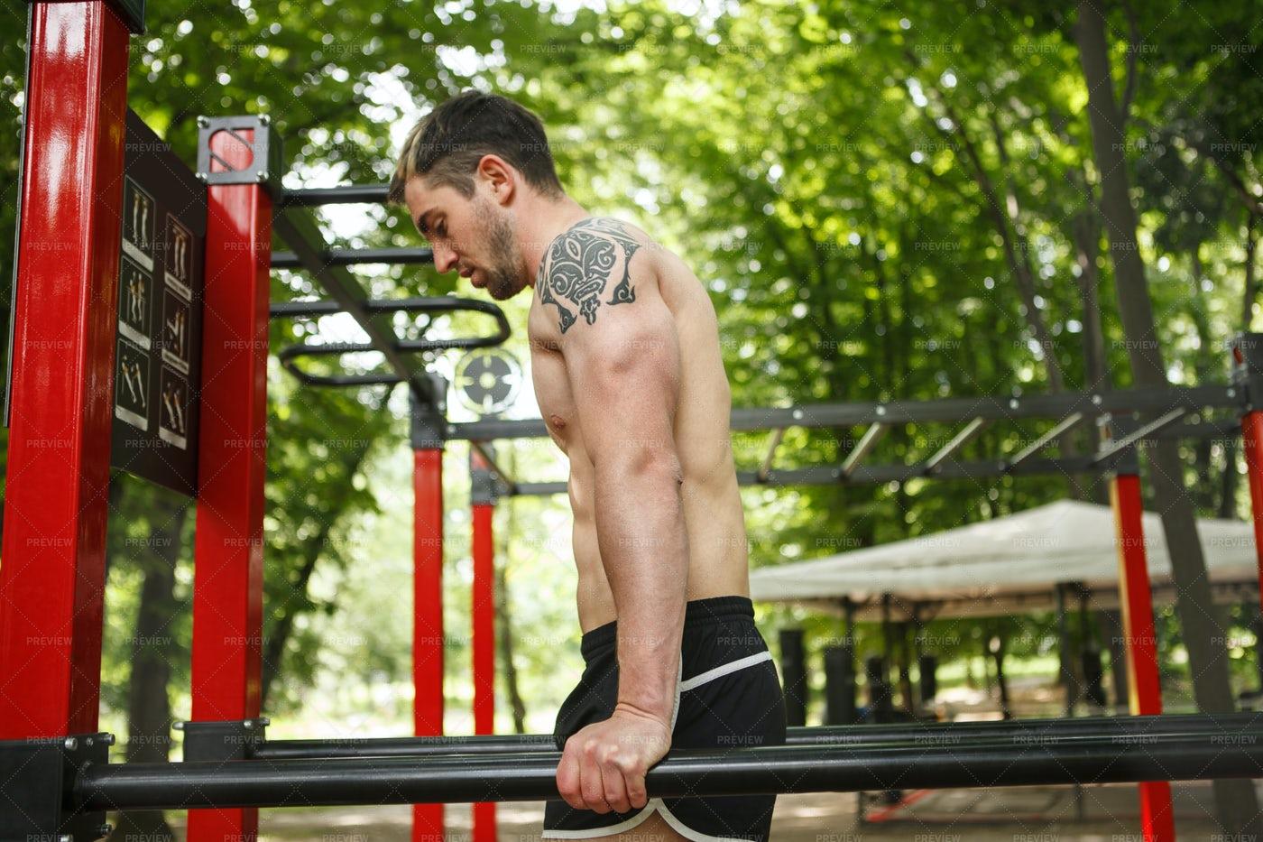 Man Doing Outdoor Workout: Stock Photos