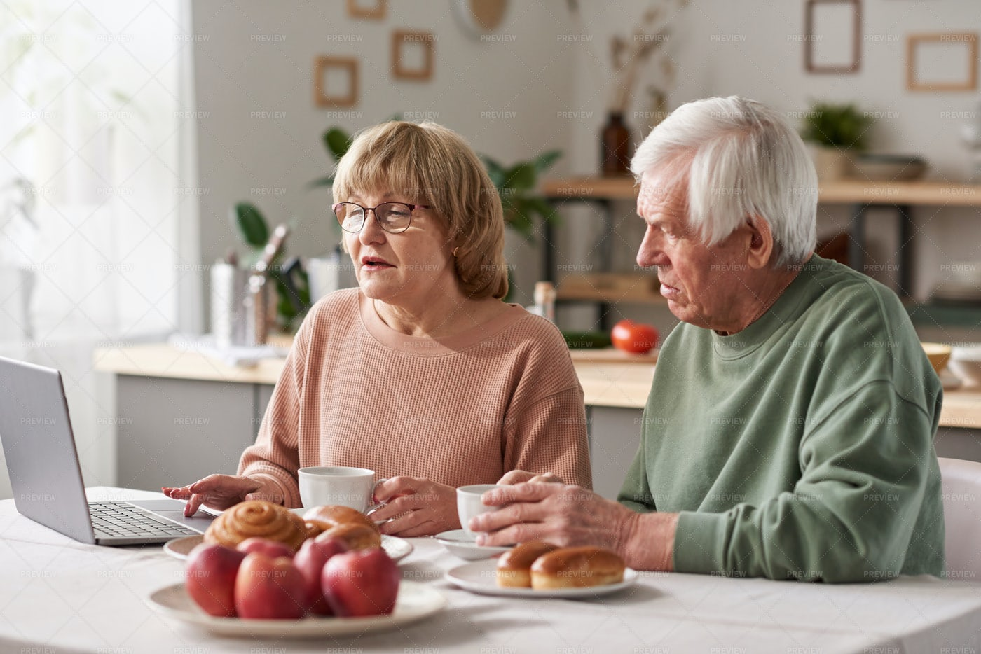 Couple Using Laptop At Home: Stock Photos