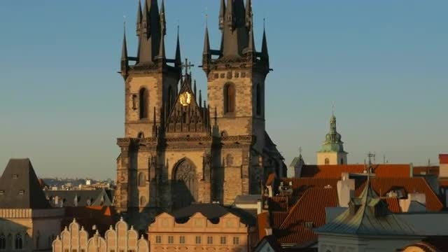 Sunset In Tyn, Prague: Stock Video