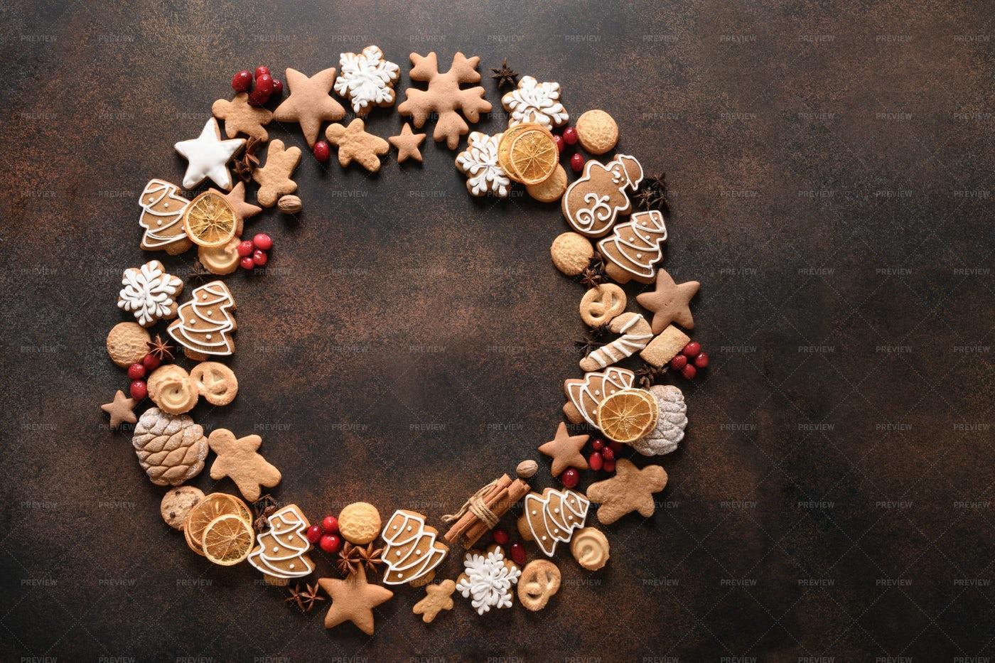 Creative Christmas Wreath Of Cookies: Stock Photos